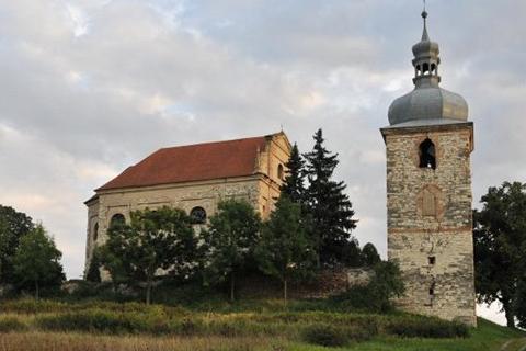 Kostel v Zahořanech u Křešic. Foto: Sakralnipamatky.cz