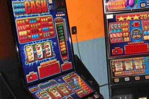 V Litvínově uvažují je naplánováno zrušení hracích automatů. Foto: Policie ČR