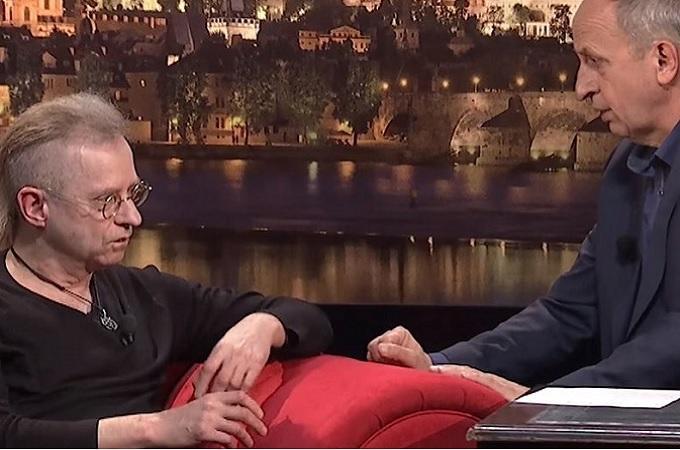 Zdeněk Postler u Jana Krause. Reprofoto: Youtube