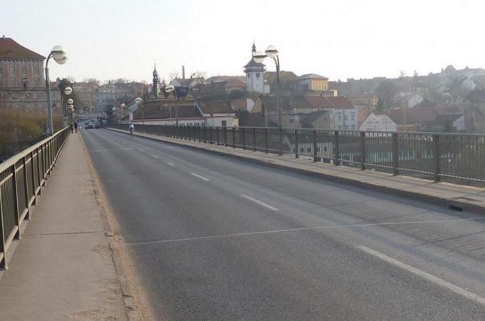 Most v Roudnici nad Labem. Foto: archiv MojePodřipsko.cz
