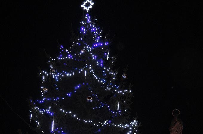 Vánoční strom. Foto: archiv Město Libochovice