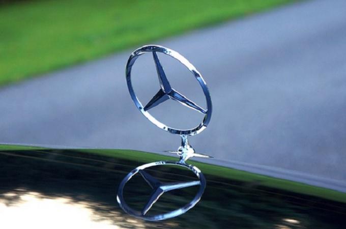 Mercedes-Benz, znak, ilustrační foto. Foto: archiv Pixabay.com
