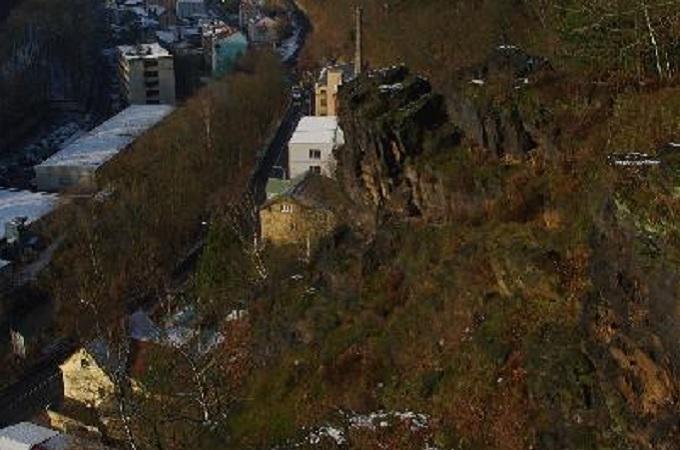 Masiv, který hrozí zřícením. Foto: archiv město Děčín