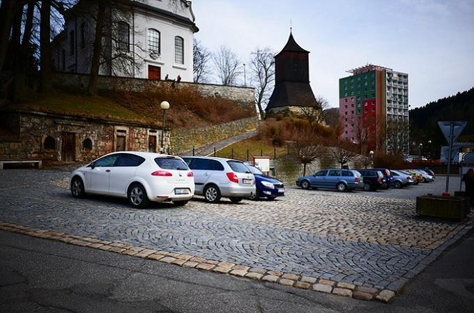 Malé náměstí v Železném Brodě. Foto: archiv Město Železný Brod