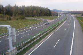 Dálnici D8 čeká dlouhodobé omezení dopravy na Lovosicku. Potrvá až do podzimu 2019