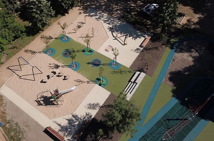 Pohled na dětské hřiště v parku Josefa Hory. Foto: archiv Město Roudnice n.L.