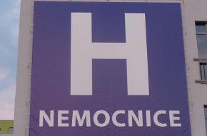 Získají nemocnici v Litoměřicích Číňané? Referendum o tom rozhodne 8. listopadu…