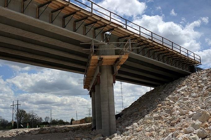 Stavba silničního mostu, ilustrační foto. Foto: Pixabay.com