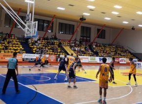 Basketbalové derby přineslo první výhru pro nového ústeckého trenéra