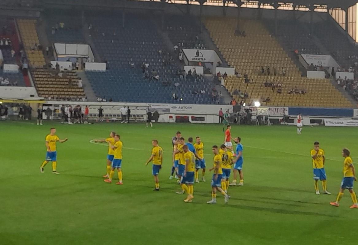 Fotbalisté FK Teplice při zápase s pražskou Slavií. Foto SeveroceskyDenik.cz
